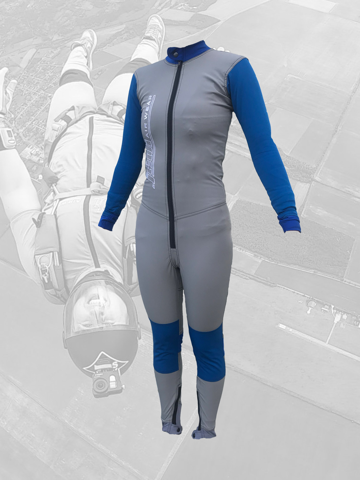Dynamic skydiving suit